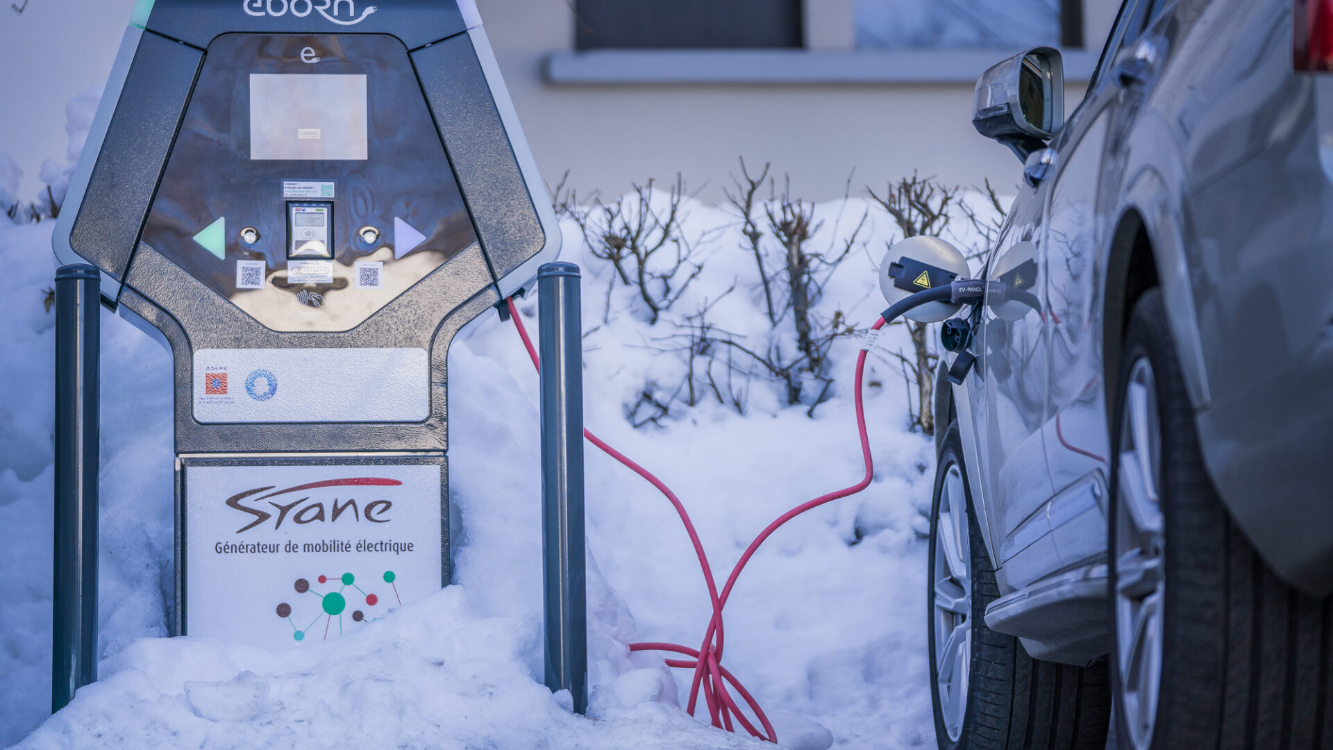 Electric cars charging during the winter